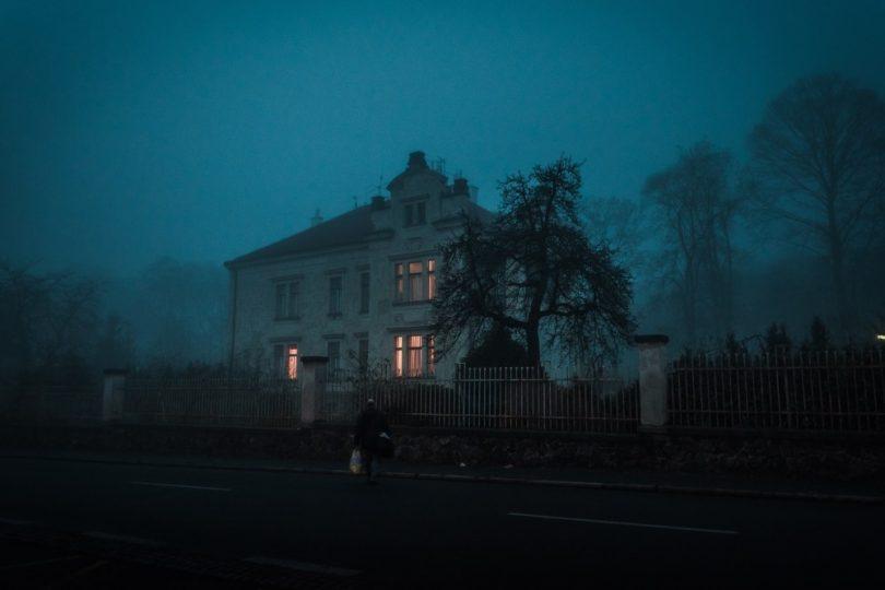 Korku Evi Açmak